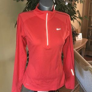 Nike Performance Pullover